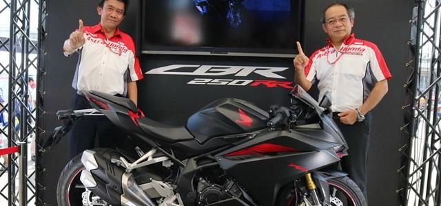 All New Honda CBR250RR Ramaikan Suzuka 8 Hours Endurance Wolrd Championship