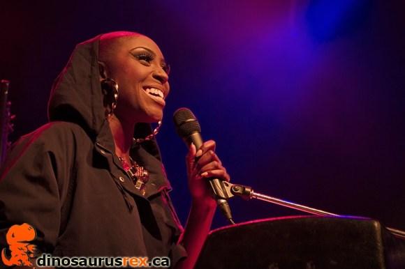 Laura Mvula - toronto - 2013