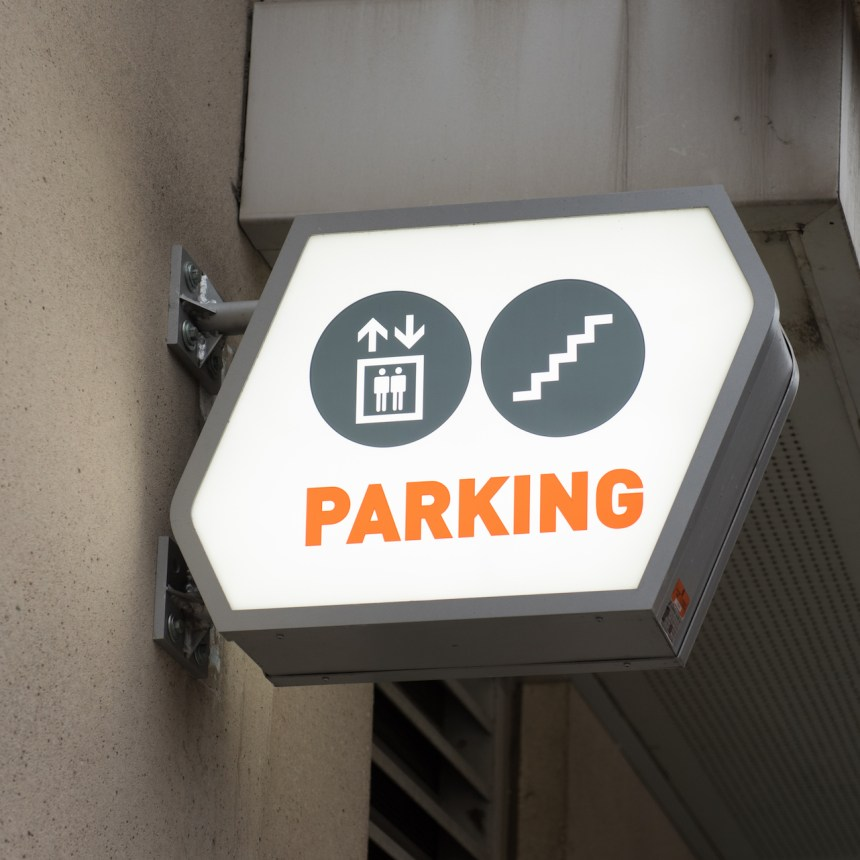 Allied 388 Richmond Parking Structure Signage