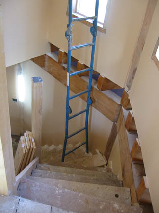 ... Paint Stairwell2 ...
