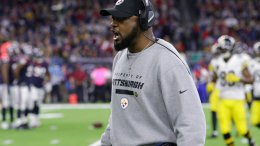Pittsburgh Steelers coach Mike Tomlin yells on the sidelines during the second half of an NFL football game against the Houston Texans Monday, Dec. 25, 2017, in Houston. (AP)
