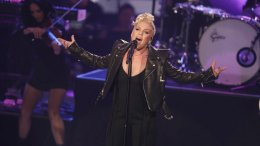 US singer Pink performs during the TV casting show 'The Voice of Germany' in Berlin, Germany, Sunday, Dec. 10, 2017. (AP)