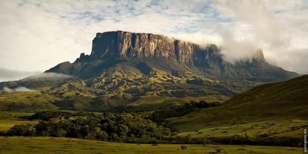 Mount Kukenan, Venezuela