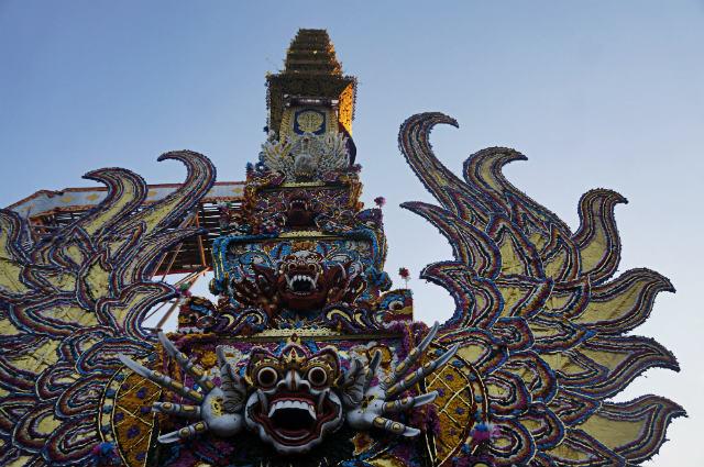 bade puri agung - royal cremation ubud