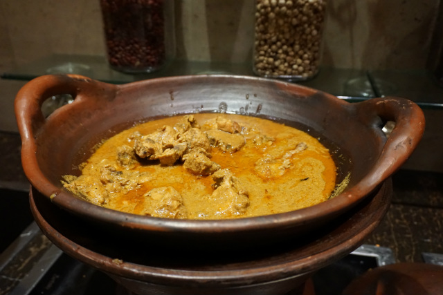 chicken curry at kempinski