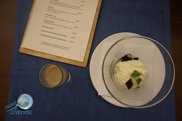 happy dessert at honje yogya