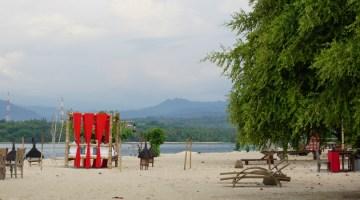 Sire beach Tugu Lombok