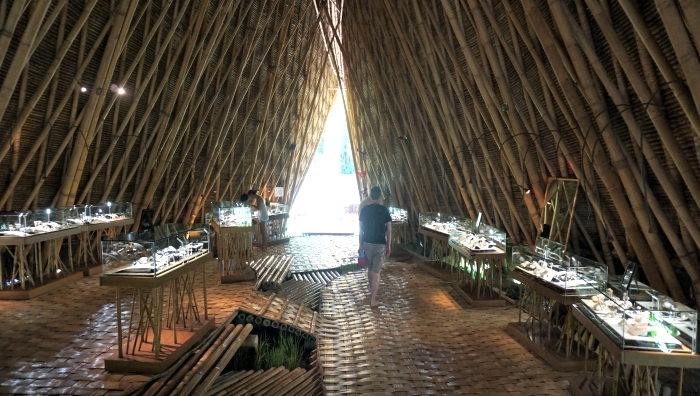 Kapal Bamboo Showroom