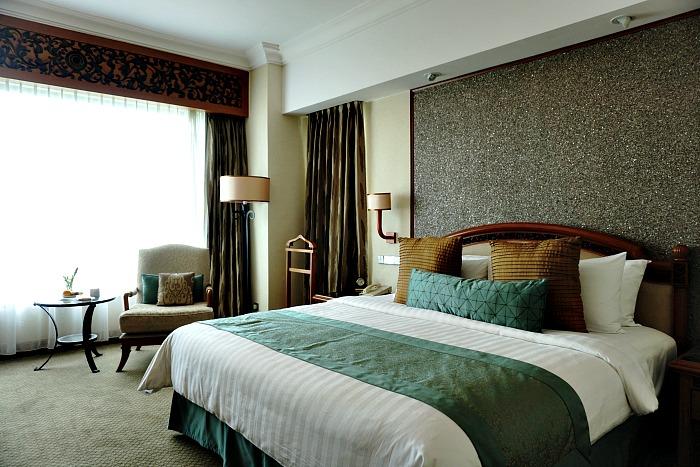 Deluxe room Shangri-La Surabaya
