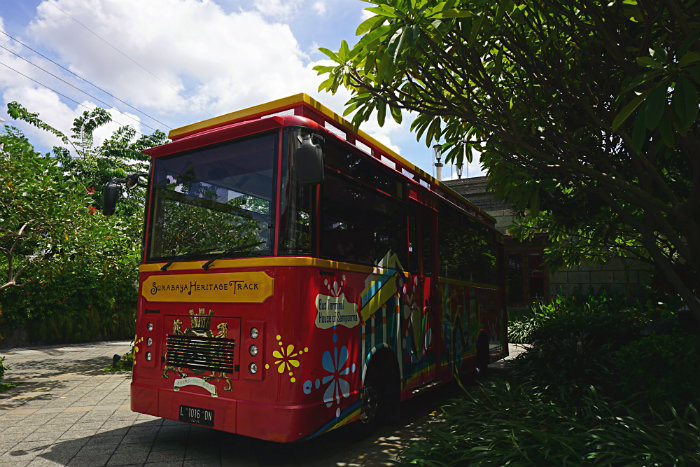 The Surabaya Tour Bus is run by the Sampoerna Museum as part of the company's CSR Program.