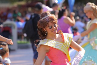 A dancer in the royal court of Mickey's Soundsational Parade.