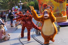 King Louie leads the charge with the Lion King unit in Mickey's Soundsational Parade.