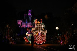 DisneylandMainStreetElectricalParade_45thAnniversary-8