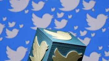 Clutching at straws? Twitter is now a video platform