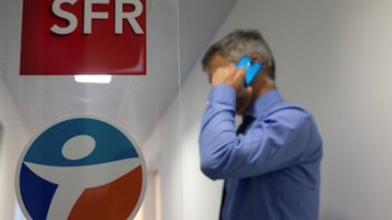 French telco SFR plans to shed 5,000 jobs – sign of the future?