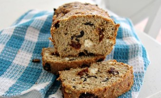 Flaxseed and olive bread