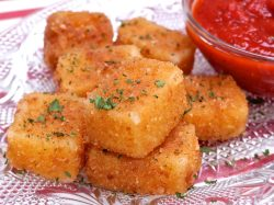 Grand Just Be Sure To Keep An On It Use A Slotted Spoon To Quickly Liftm Out Before Cheese Starts Oozing Fried Mozzarella Cheese Stick Bites Divas Can Cook