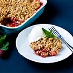 strawberry rhubarb crisp tn