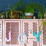 Make a glittery custom word holiday garland