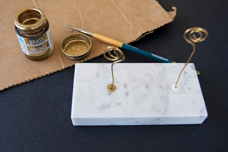 Reuse a marble trophy base as a photo holder