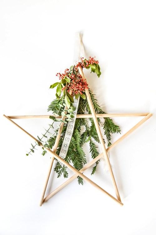 Make an easy DIY star holiday decoration