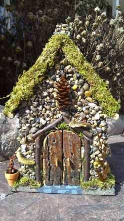 Smothery Fairy House Garden Tour Fairy House Garden Miniature Stone Fairy House Make A Miniature Stone Fairy House Diy Projects