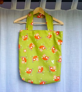 The Makeup Dummy | Easy DIY Fox Tote Bag