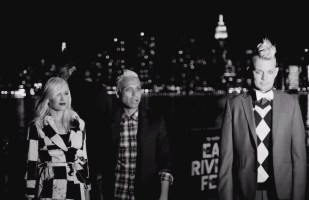 No Doubt feat Busy Signal & Major Lazer- Push and Shove (Music Video)