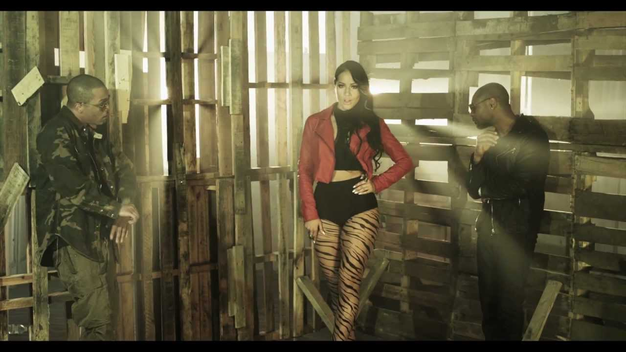 Tank feat T.I. & Kris Stephens- Compliments (Music Video)