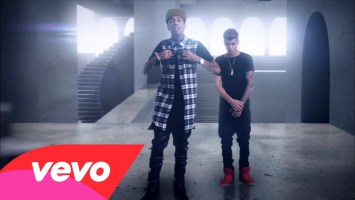 Tyga feat Justin Bieber- Wait For A Minute (Music Video)