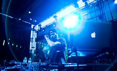 Marc 'MK' Kinchen taught the gospel of house to the Beatport stage on Sunday. | Photo: Greg Rothstein/Da Black Swan/SAMF