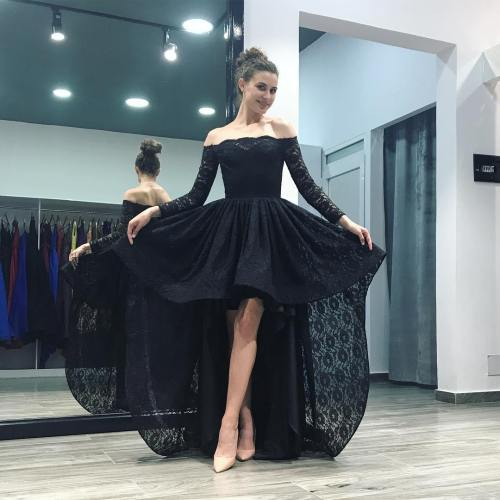 Luxurious 2018 Black Off Shoulder Lace Prom Sleeve Formal Gown Low Skirt 2018 Black Off Shoulder Lace Prom Sleeve Formal Gown Long Sleeve Formal Dresses Near Me Long Sleeve Formal Dresses Short