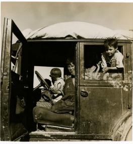 """Dorothea Lange """"Ten Children"""""""