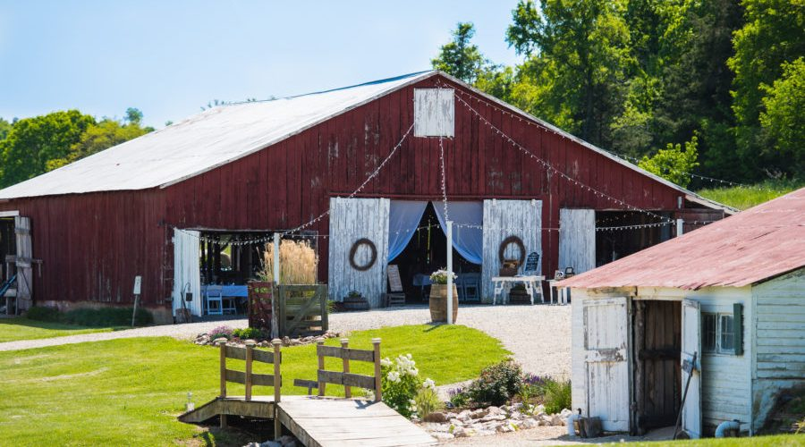 Barn Wedding Venue in Spring