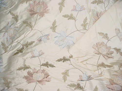 Medium Of Fabric For Curtains
