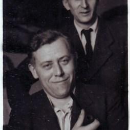 Василий Николаевич Федосеев (стоит) и Анатолий Емельянович Бочков. Около 1960 г.
