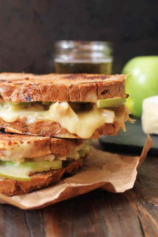 Roast-Chicken-Apple-and-Brie-grilled-cheese-2