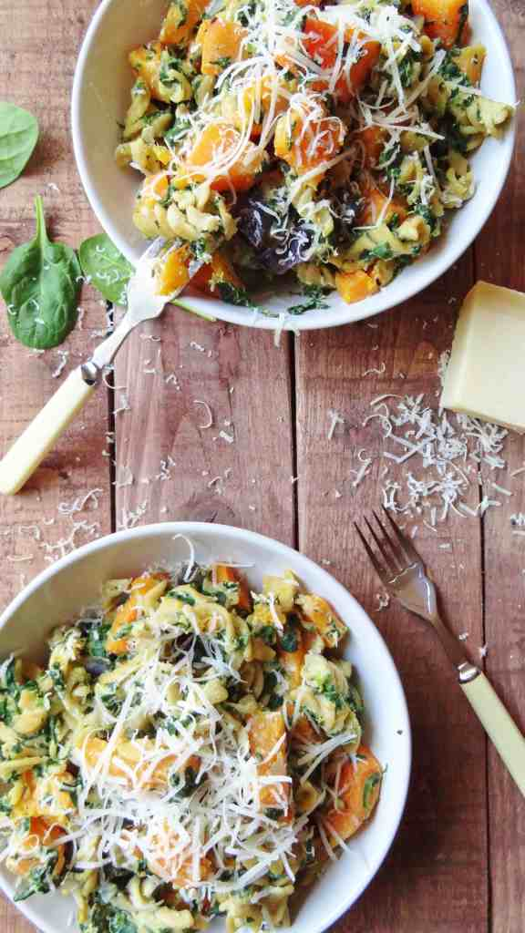 spinach & ricotta pasta with butternut squash & red onion