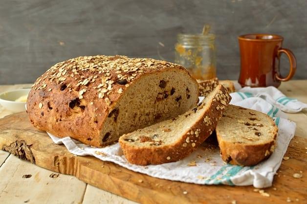 Muesli bread recipe - Domestic Gothess