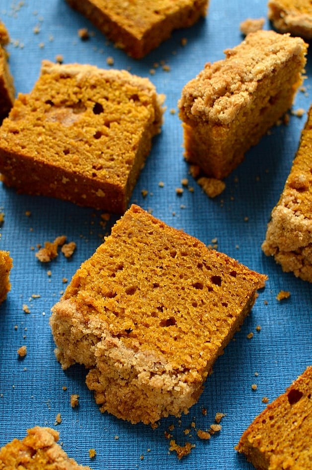 Soft, moist pumpkin spice cake with a crunchy streusel topping; easy to make and utterly delicious!