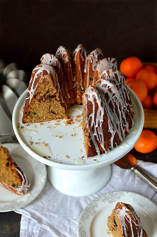 Mincemeat bundt cake - a moist, lightly spiced bundt cake full of sticky fruit, perfect for using up any mincemeat leftover from Christmas!