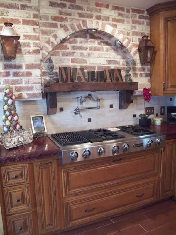 New Orleans inspired brick alcove and stove
