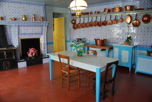 monet kitchen
