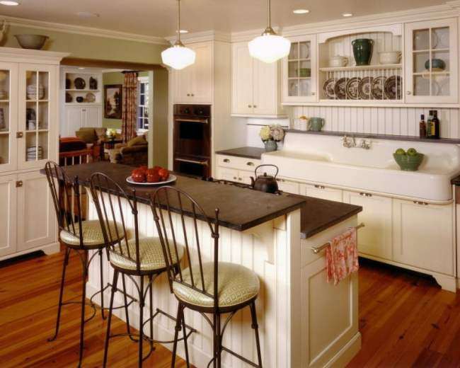KB-2470921_kitchen-cottage-Thomas-Conway.jpg.rend.hgtvcom.1280.1024