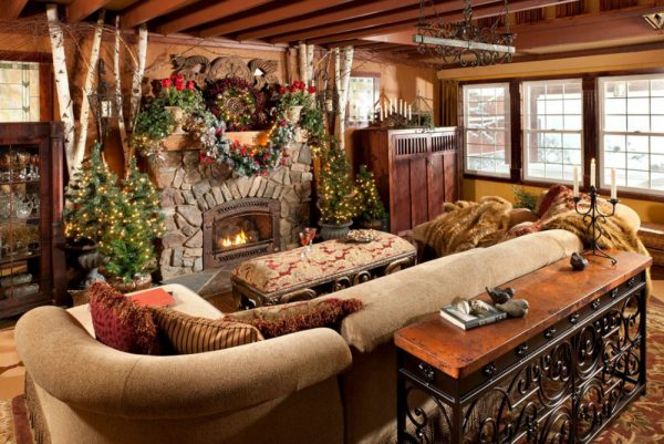 creative-cabin-christmas-decorations-using-small-indoor-pine-tree-across-rectangular-ottoman-coffee-table-beside-oak-side-cupboard-also-single-hung-vinyl-windows-decoration-600x401