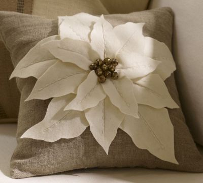 pb-poinsettia-pillow