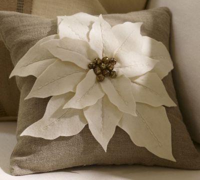 pb-poinsettia-pillow