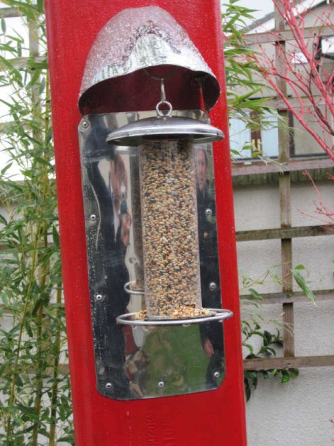 red exhaust pipe bird feeder (14)