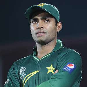 umar akmal contract terminate by sydney sixers