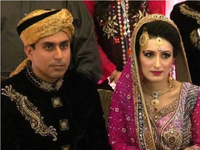 Nasir Jamshed with his wife